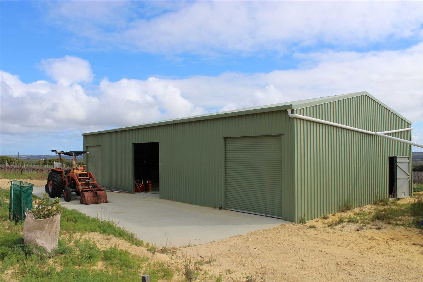 Shed 20x10m approx.