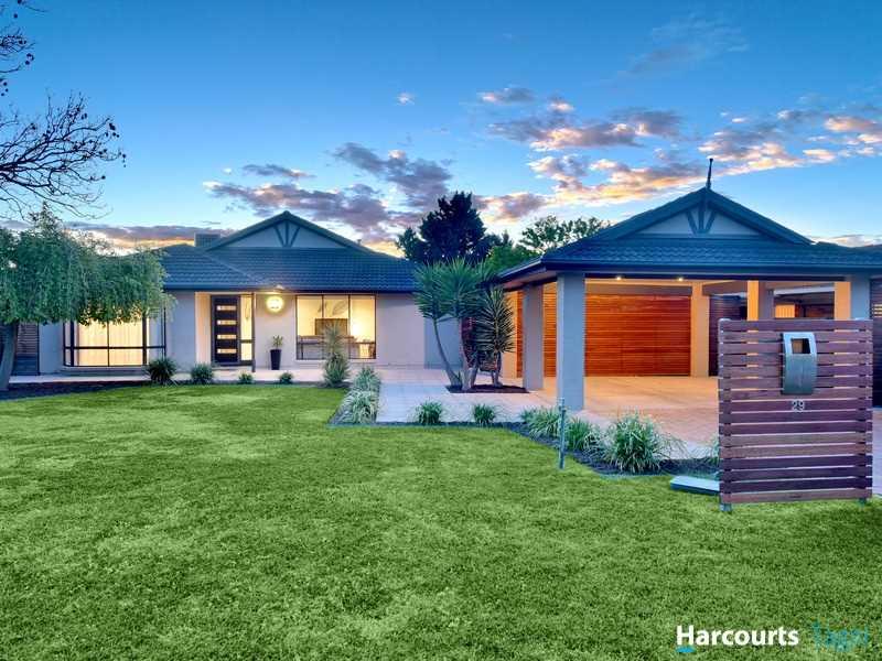 Super Stylish Living - 'Huntingdale Estate'