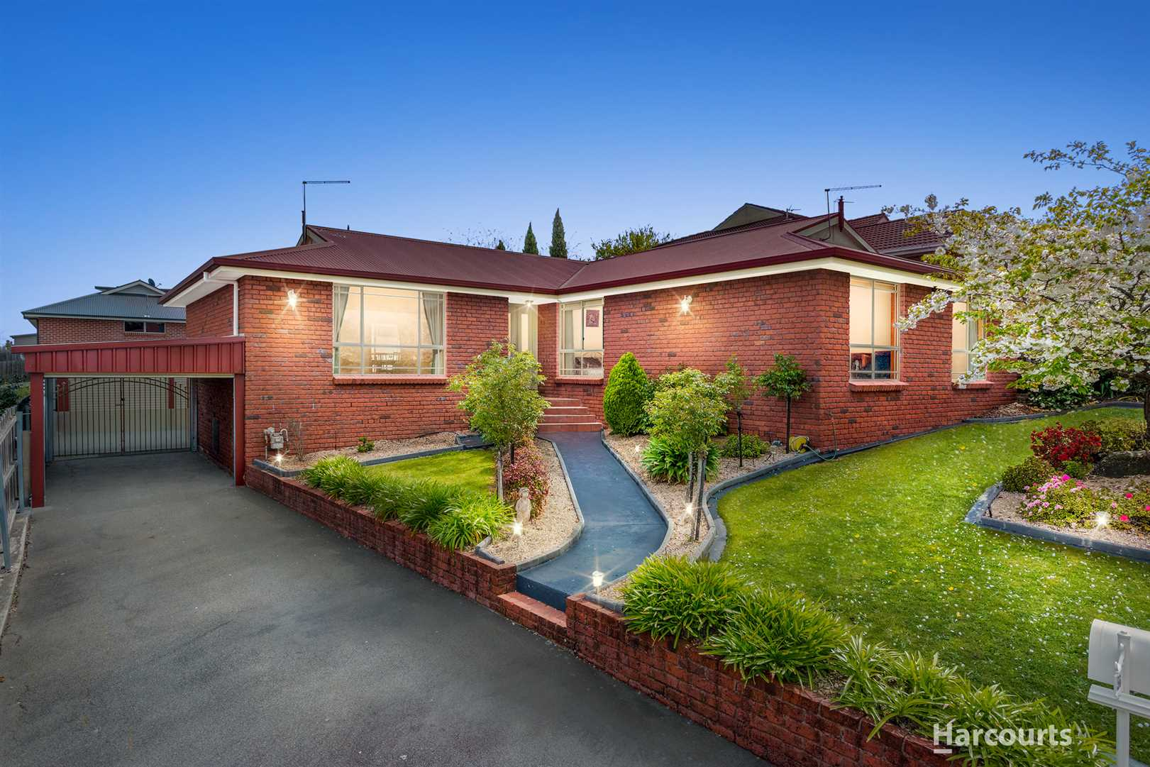 Open Home: Sat 20th Oct 1.00 - 1.30