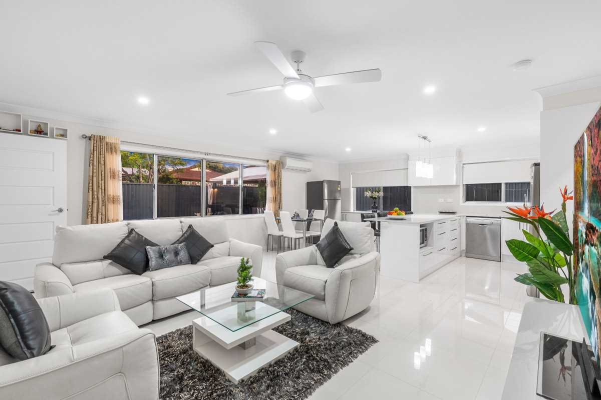 Fully Renovated Family Home on Massive 913m2 Block
