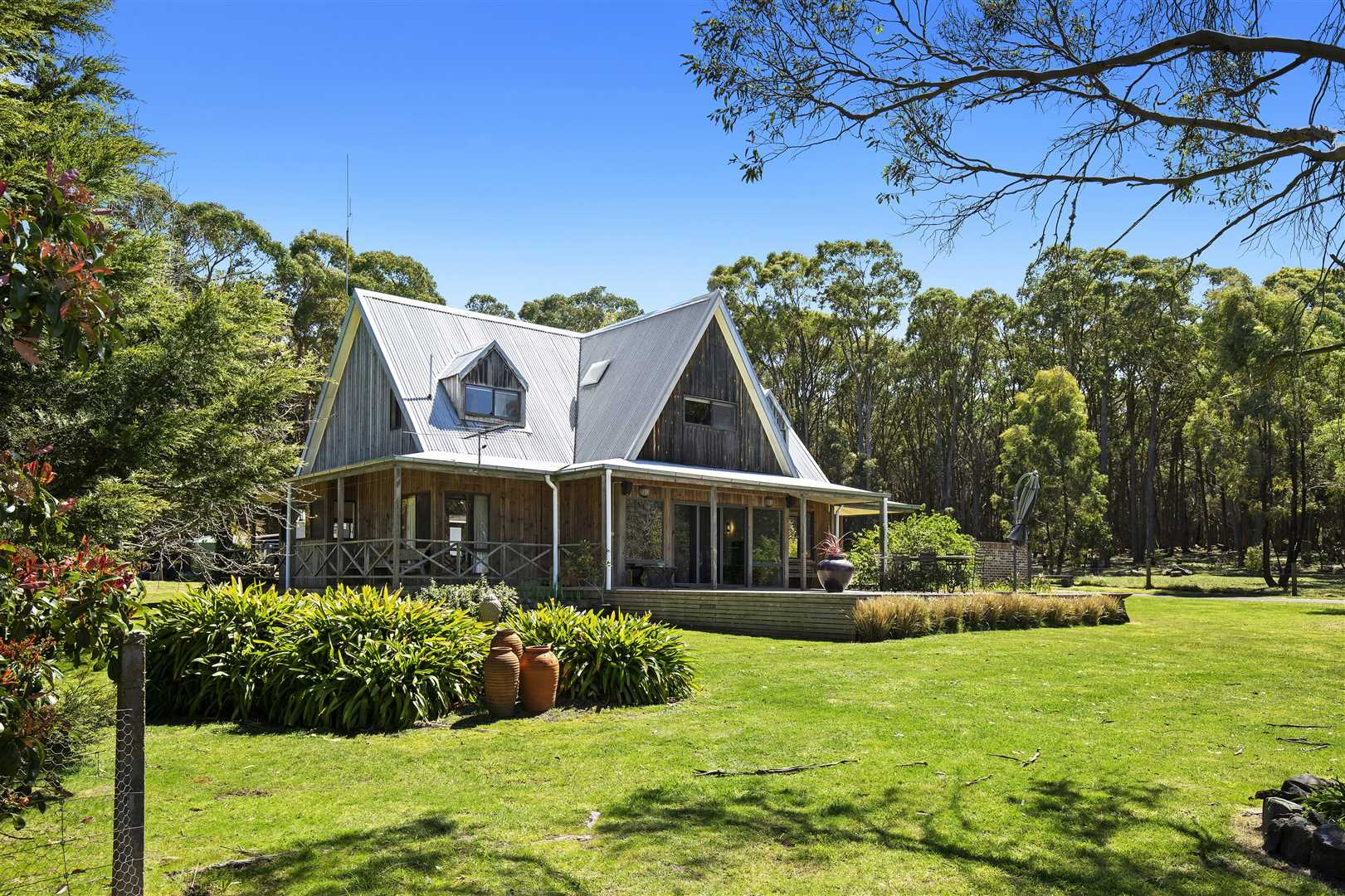 A Lovely Lifestyle On Approximately 9 Acres