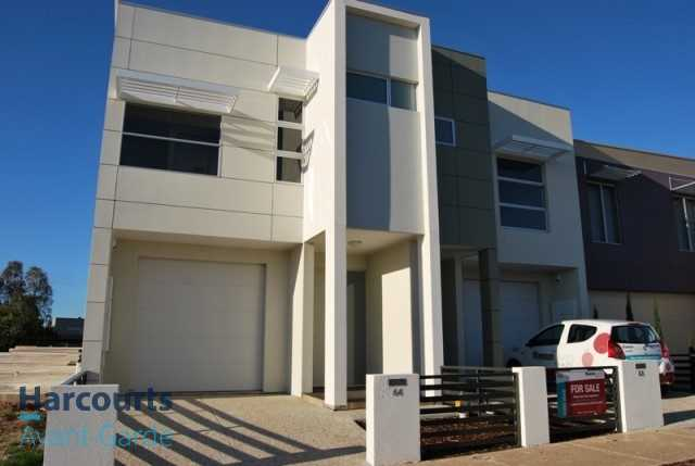 Designer Terrace Home In Central Mawson Lakes