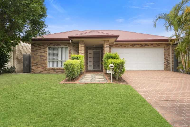 Woodside Beauty Ready To Move In