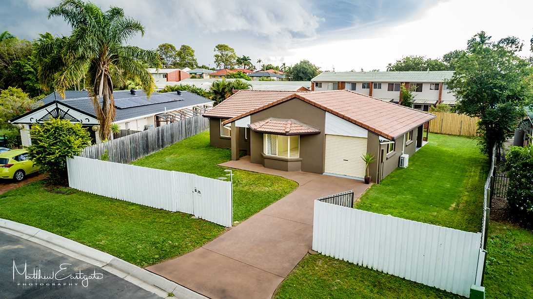 Large Family Home on 808m2 Block!