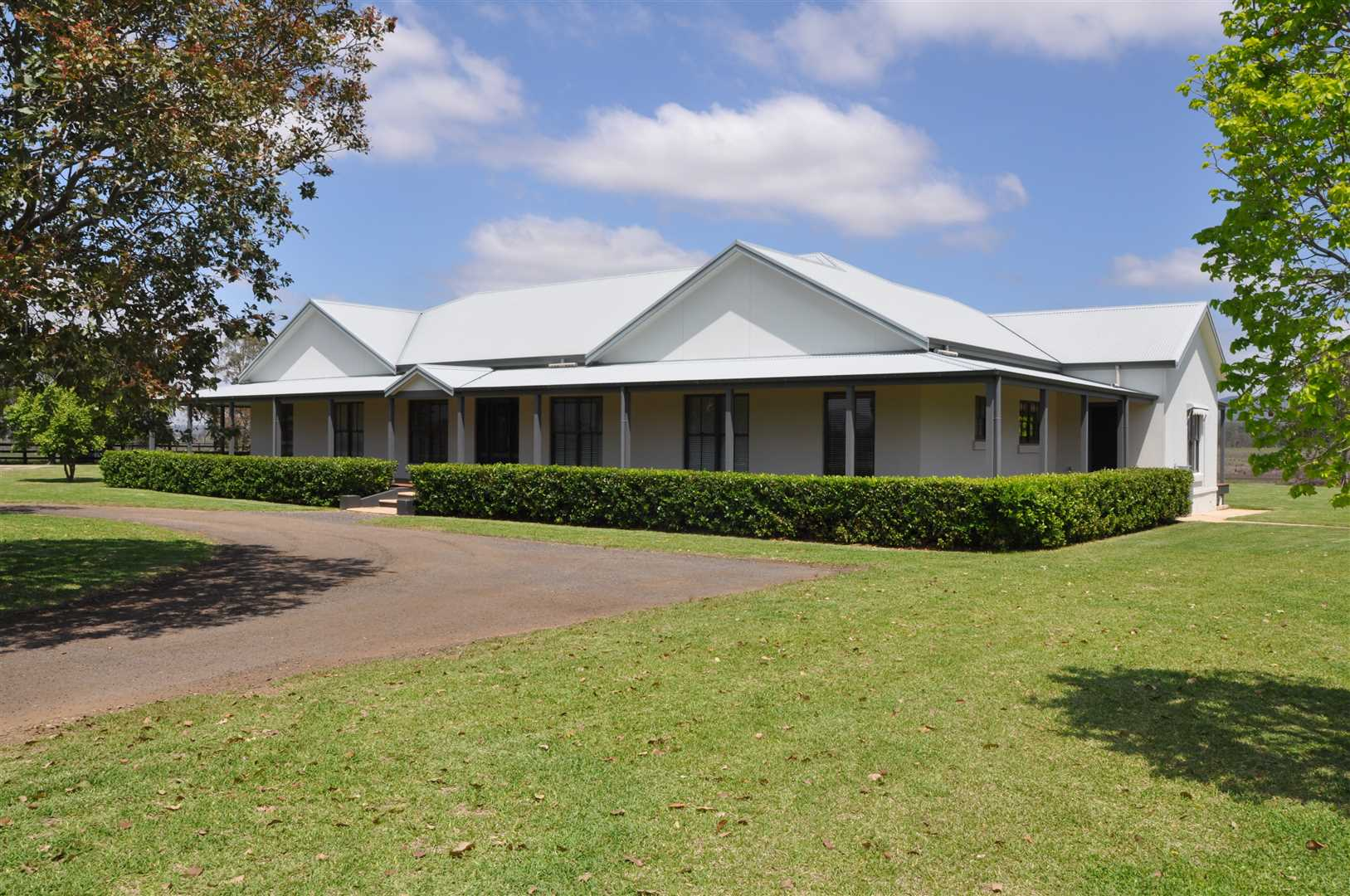 Impressive Property, Close to Scone!