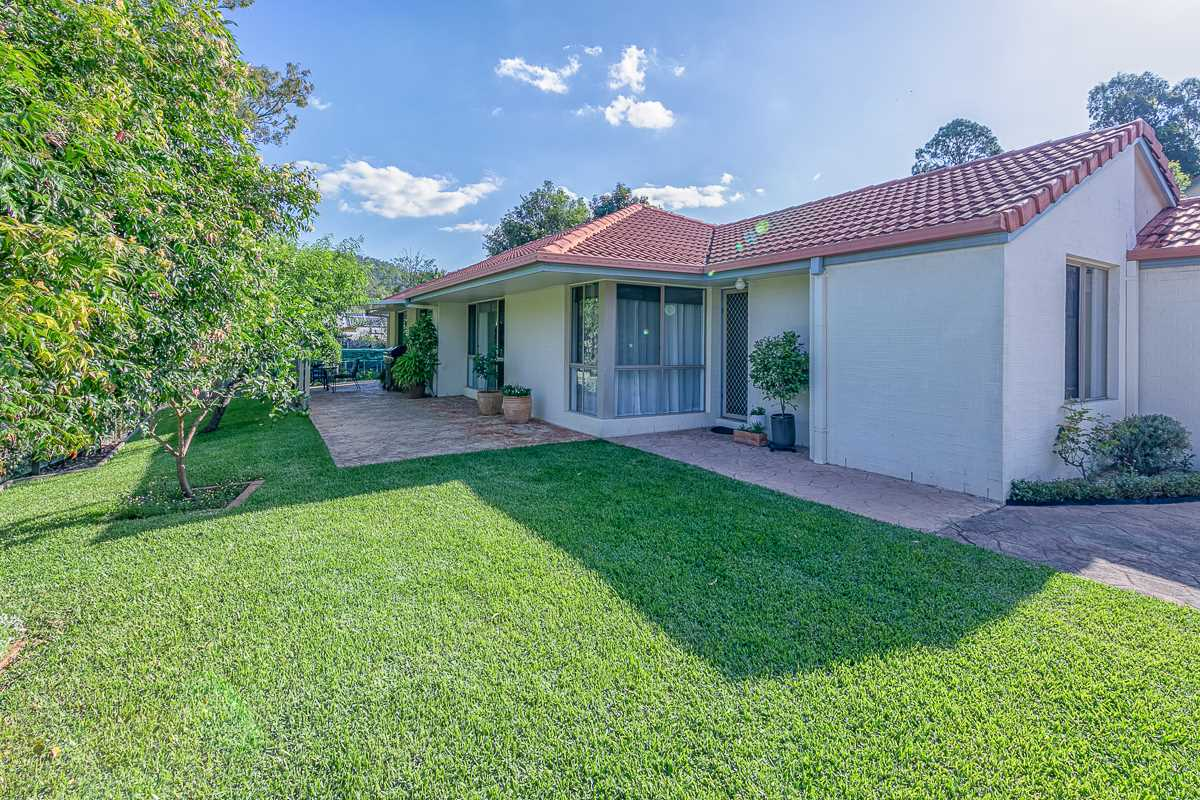 Privacy. Position. Panache. On Payne Road.