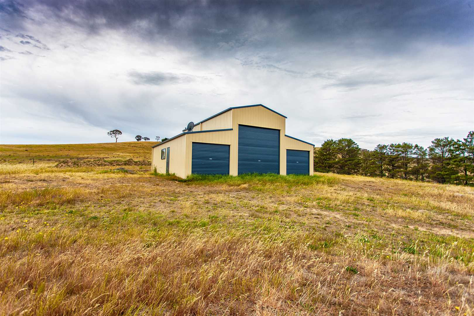Acreage & Wollondilly River Views