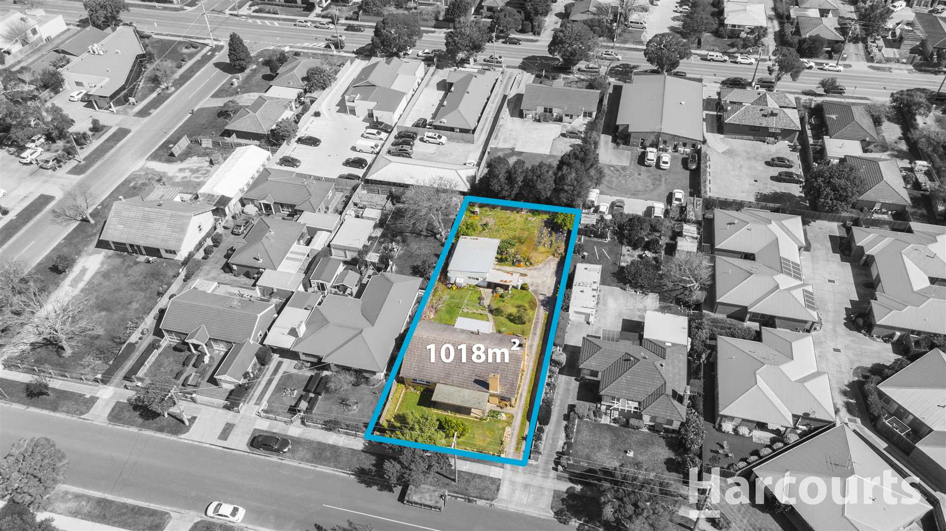 1018sqm Of Land In A Prime Location!