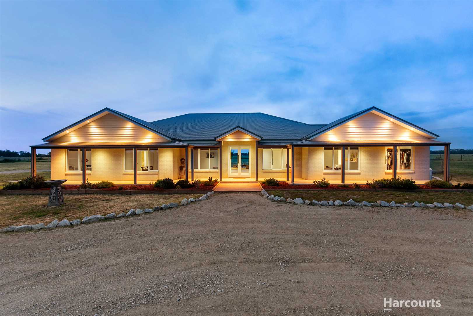 The dream home on 10 acres