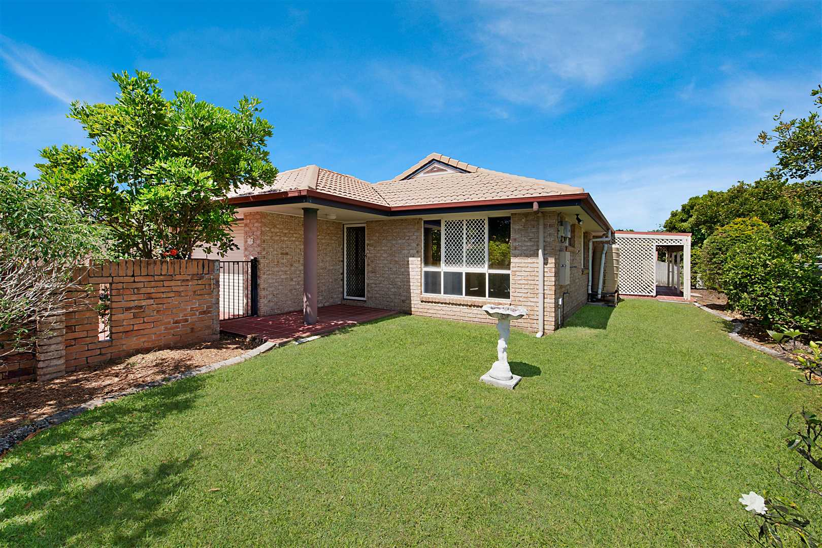 Perfect Currimundi Location With Side Access
