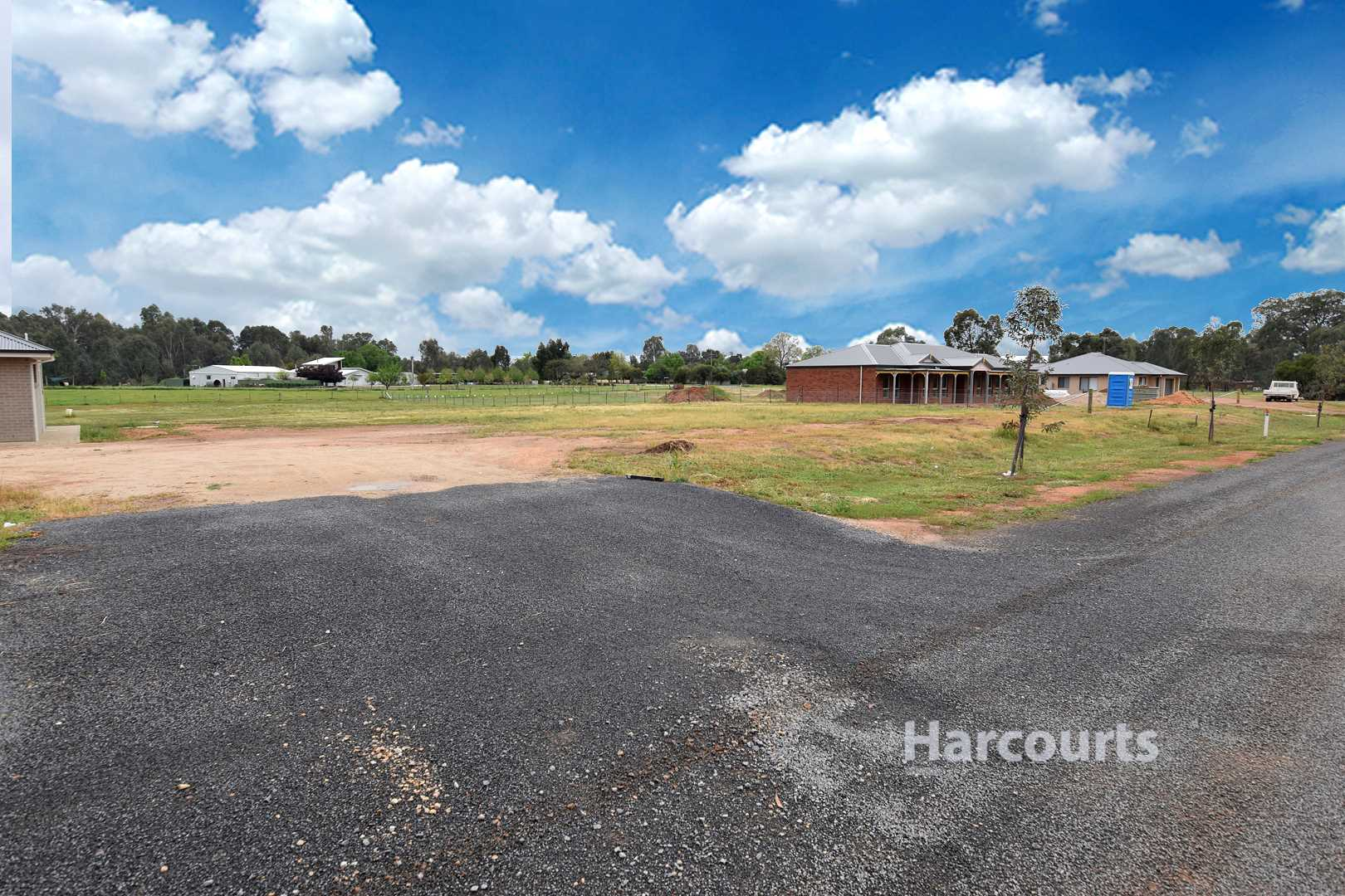 Build your dream in Oxley - 3998m2