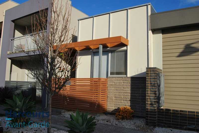 Highly Sought Studio Home in Mawson Lakes