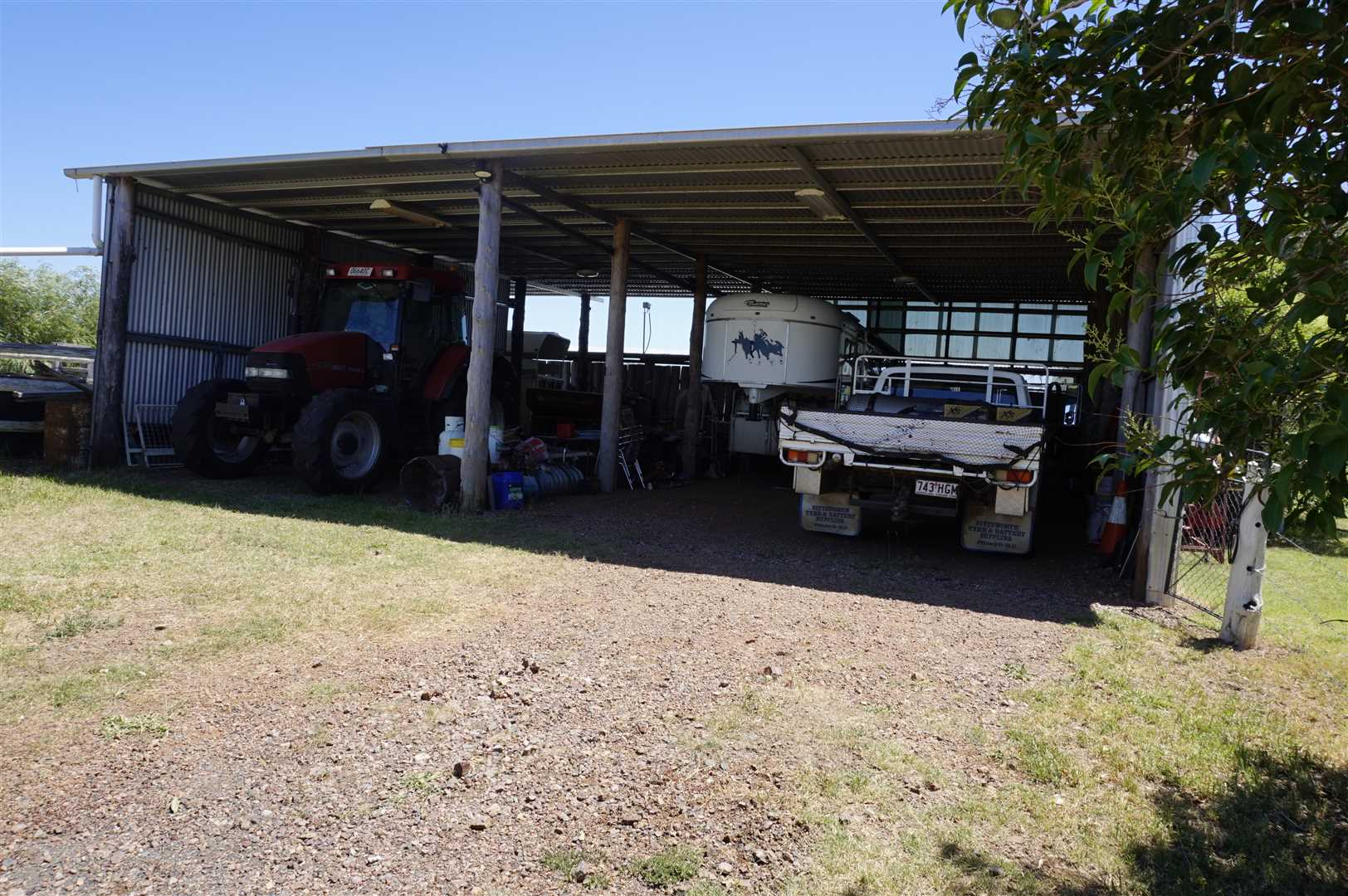 10m x 12m Vehicle shed and workshop
