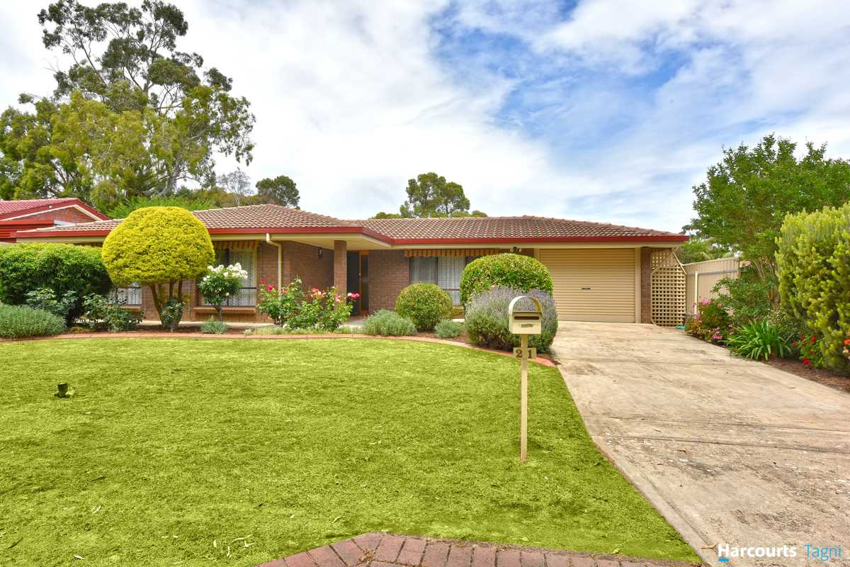 Extremely Neat - Great First Home or Investment!