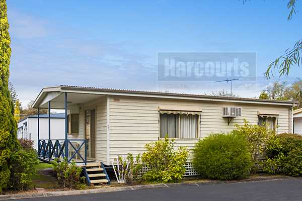Strata Titled Holiday Homes on Beach