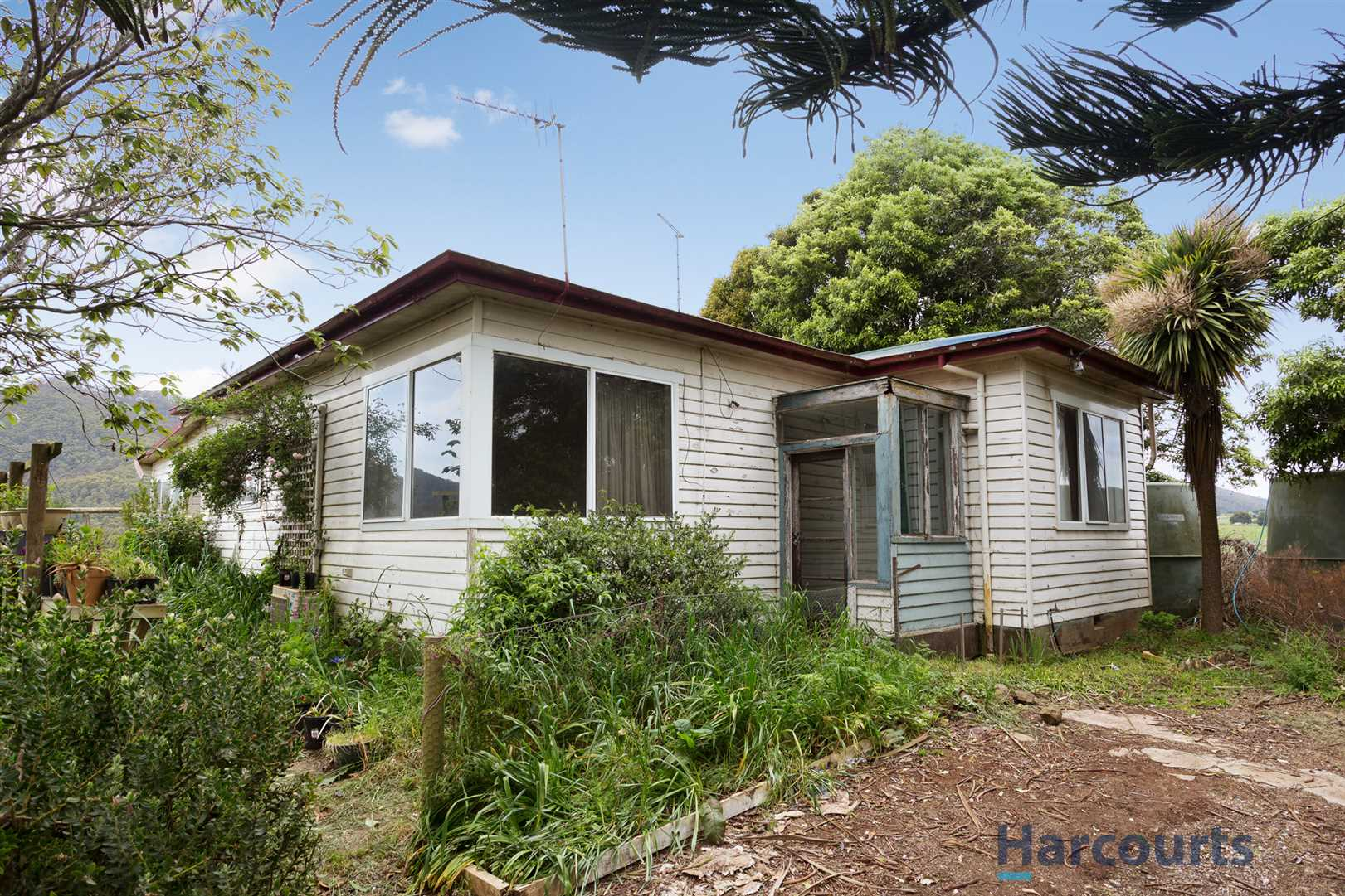Escape to the Country and Renovate!