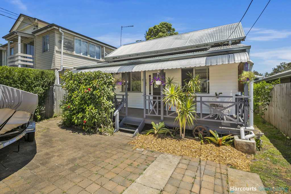 Exceptional Opportunity Just Metres From Moreton Bay