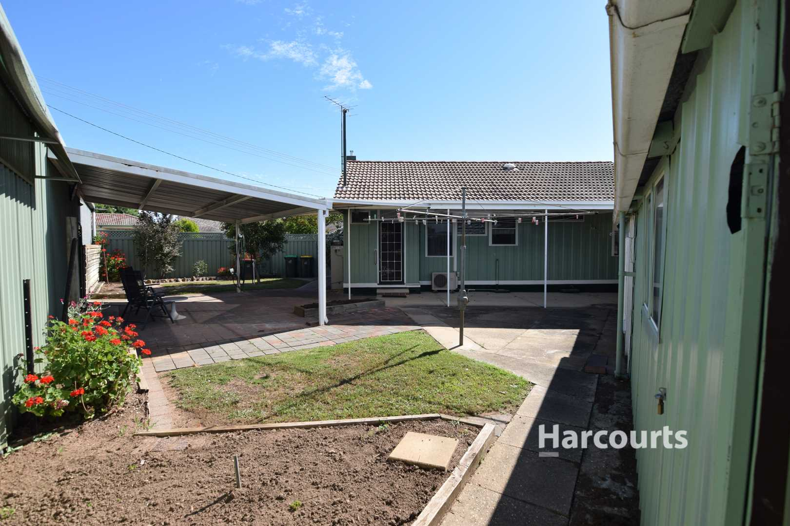 Attention first home buyers! - 553m2