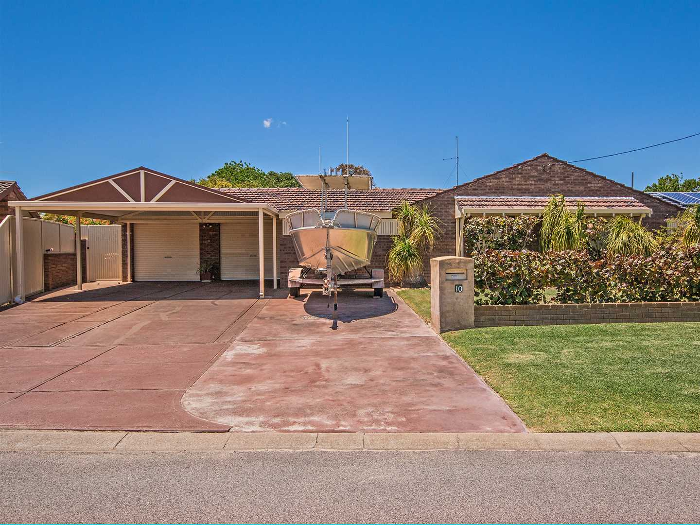 Motivated Seller!!! - Come And See!!!