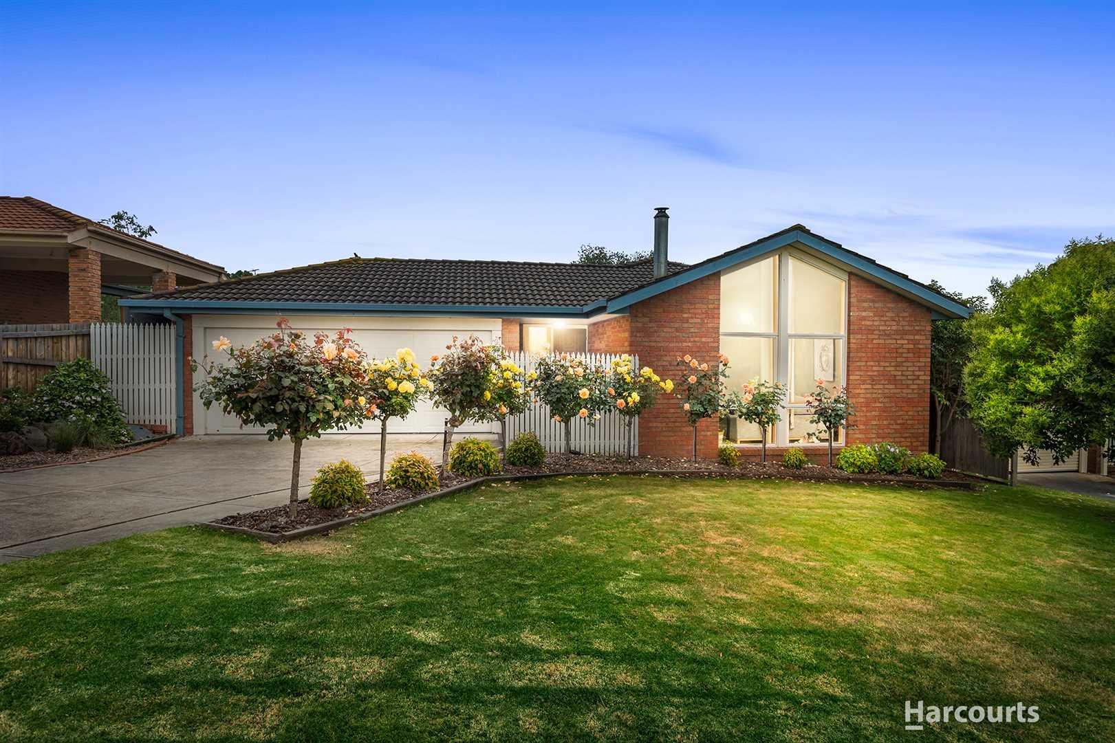A Classic Pakenham Home!