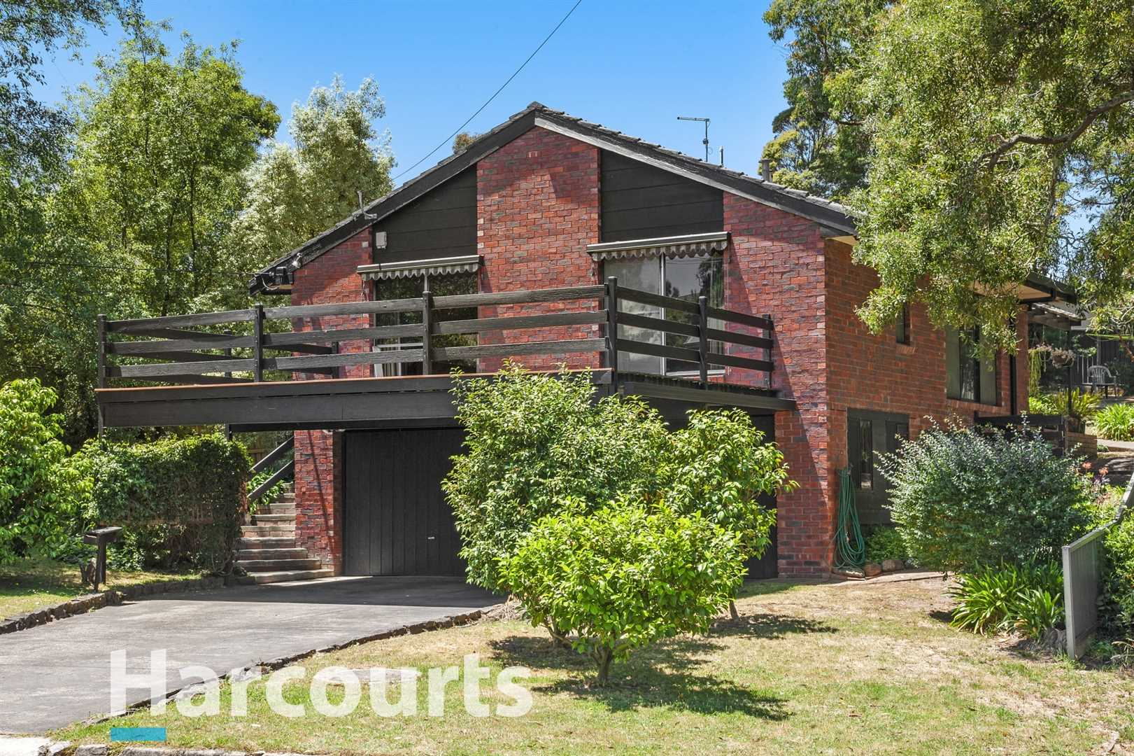 Live a High & Relaxed Lifestyle With Stunning Bush Views