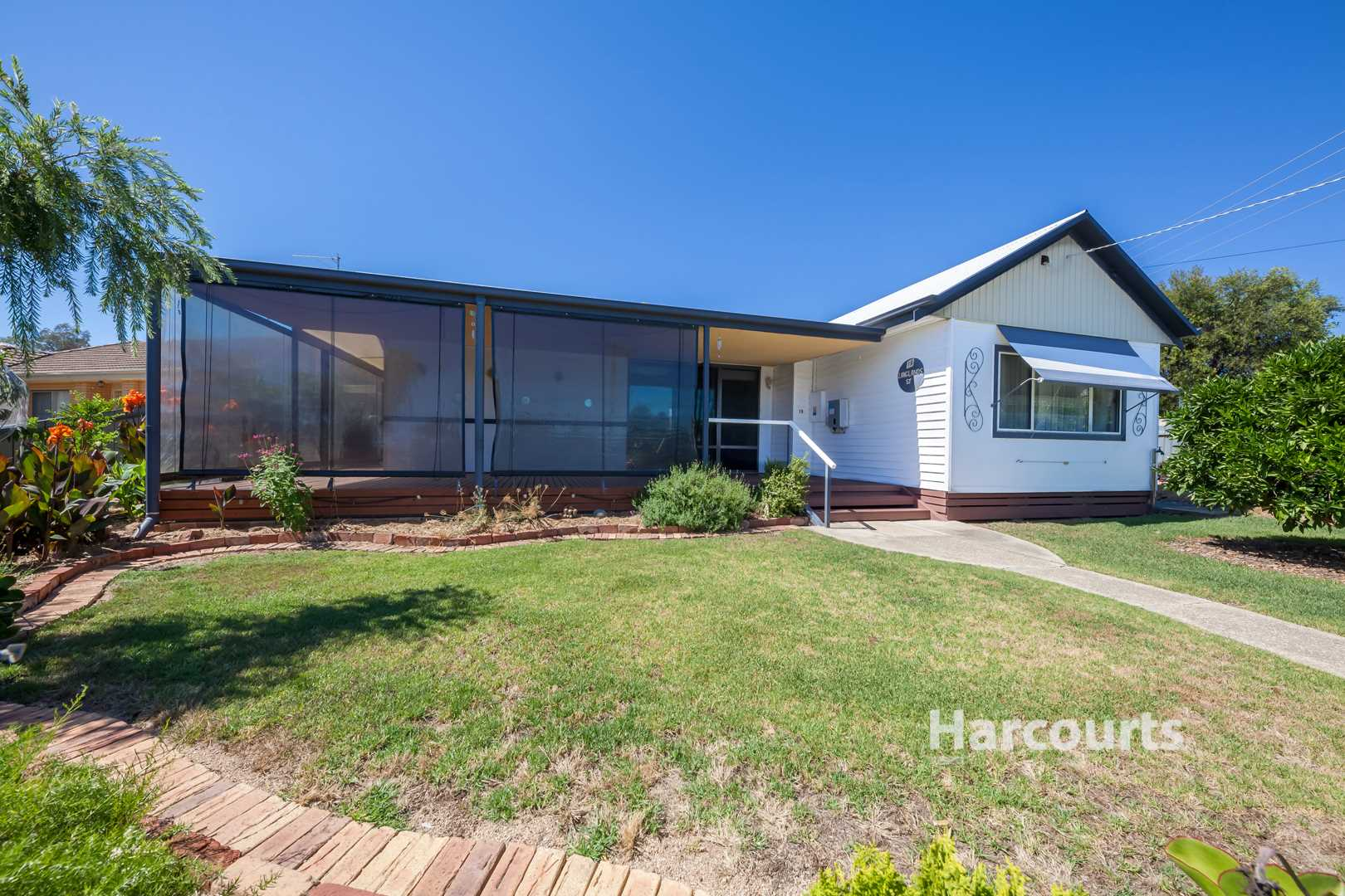 A Kick Starter for the First Home Owner or Investor - 780m2