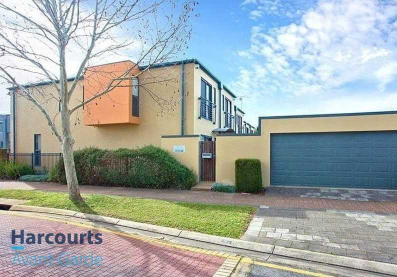 Two Bedroom Plus Study Townhouse with  2KW Solar