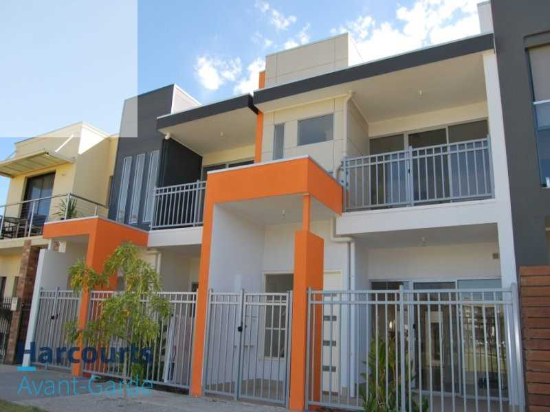 Furnished Four Bedroom Terrace Home In Perfect Location