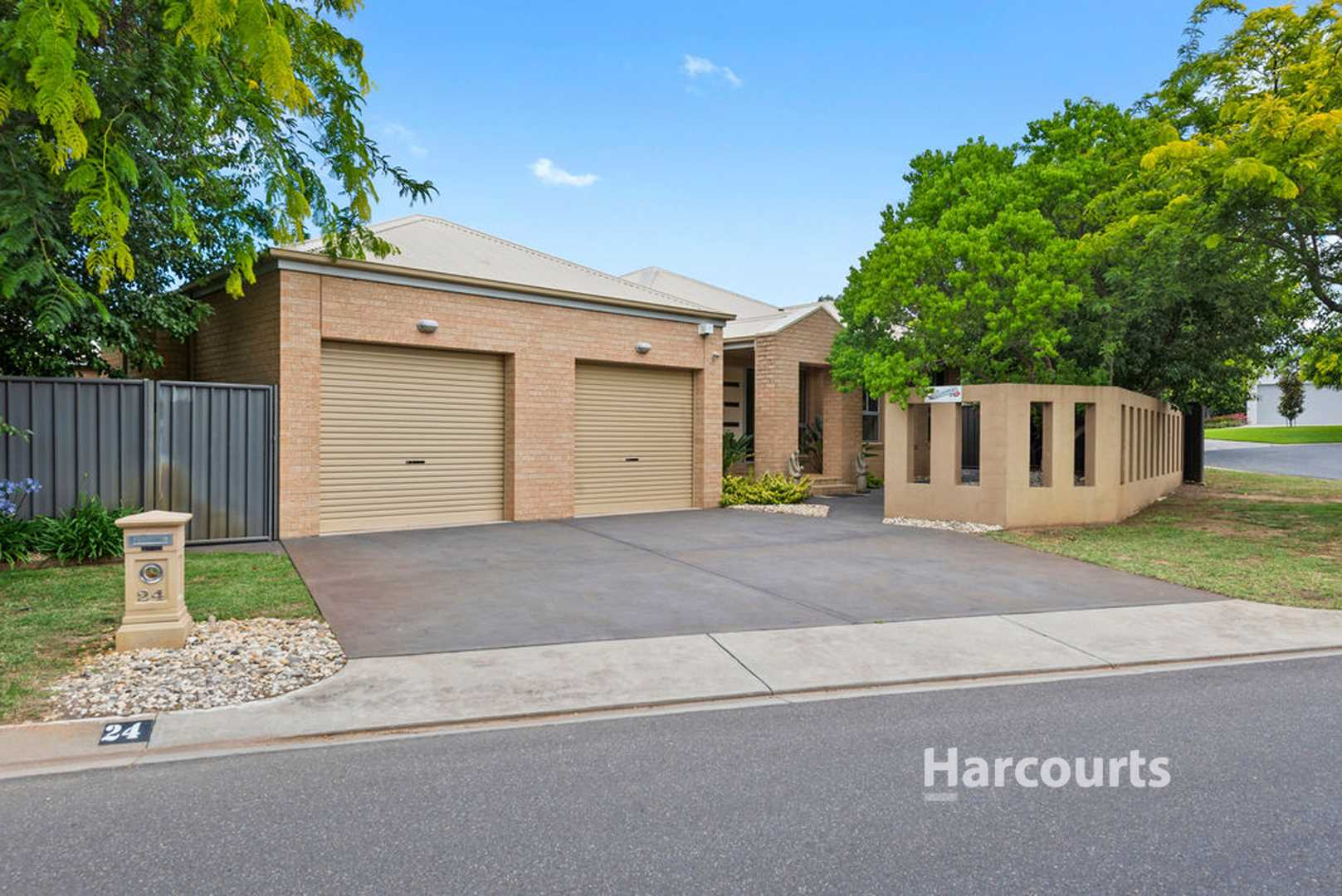 The very best of Rural Outlook Residential living - 1345m2