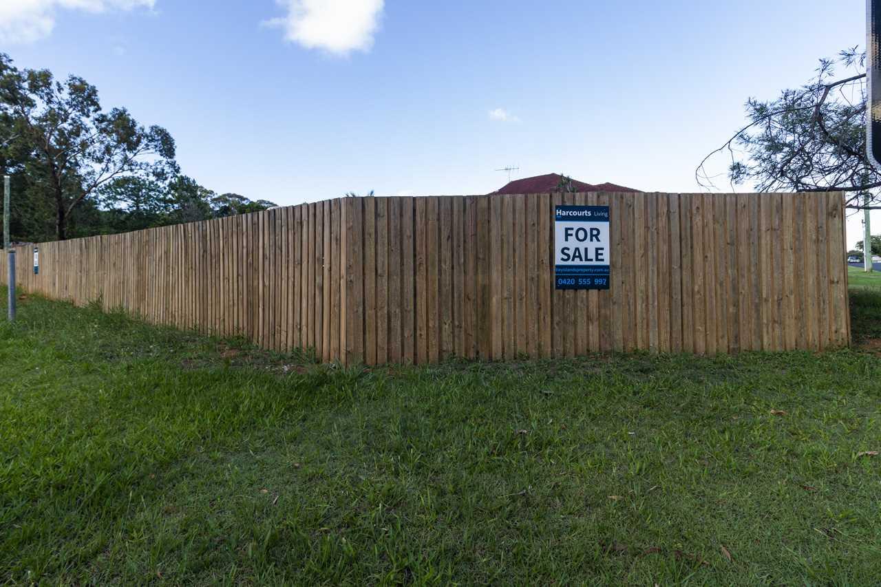 Fully Fenced block