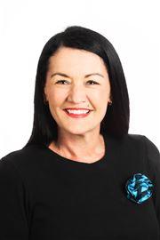 Tracey Charlton
