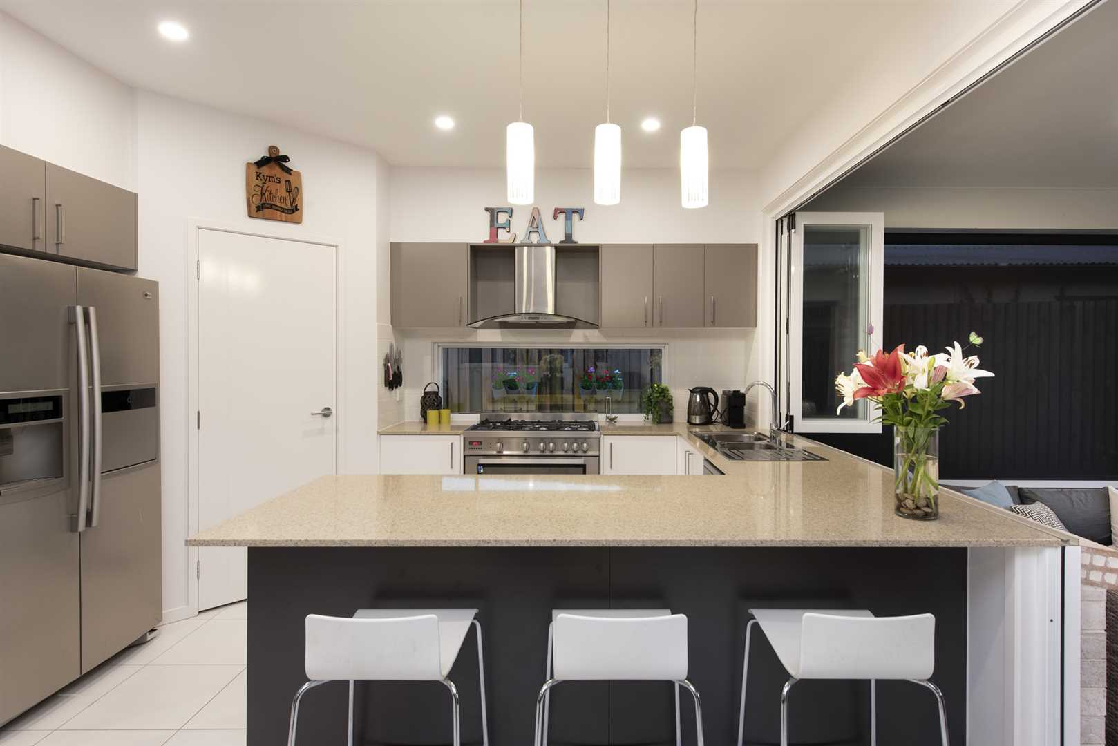 Entertainer's Delight in the Heart of Mitchelton