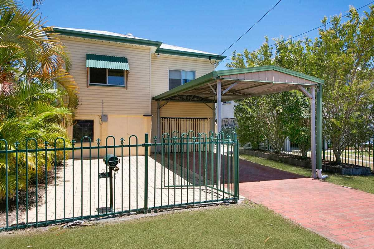 Stop Paying Rent!  Entry Level Hendra Home, Neat as a Pin!