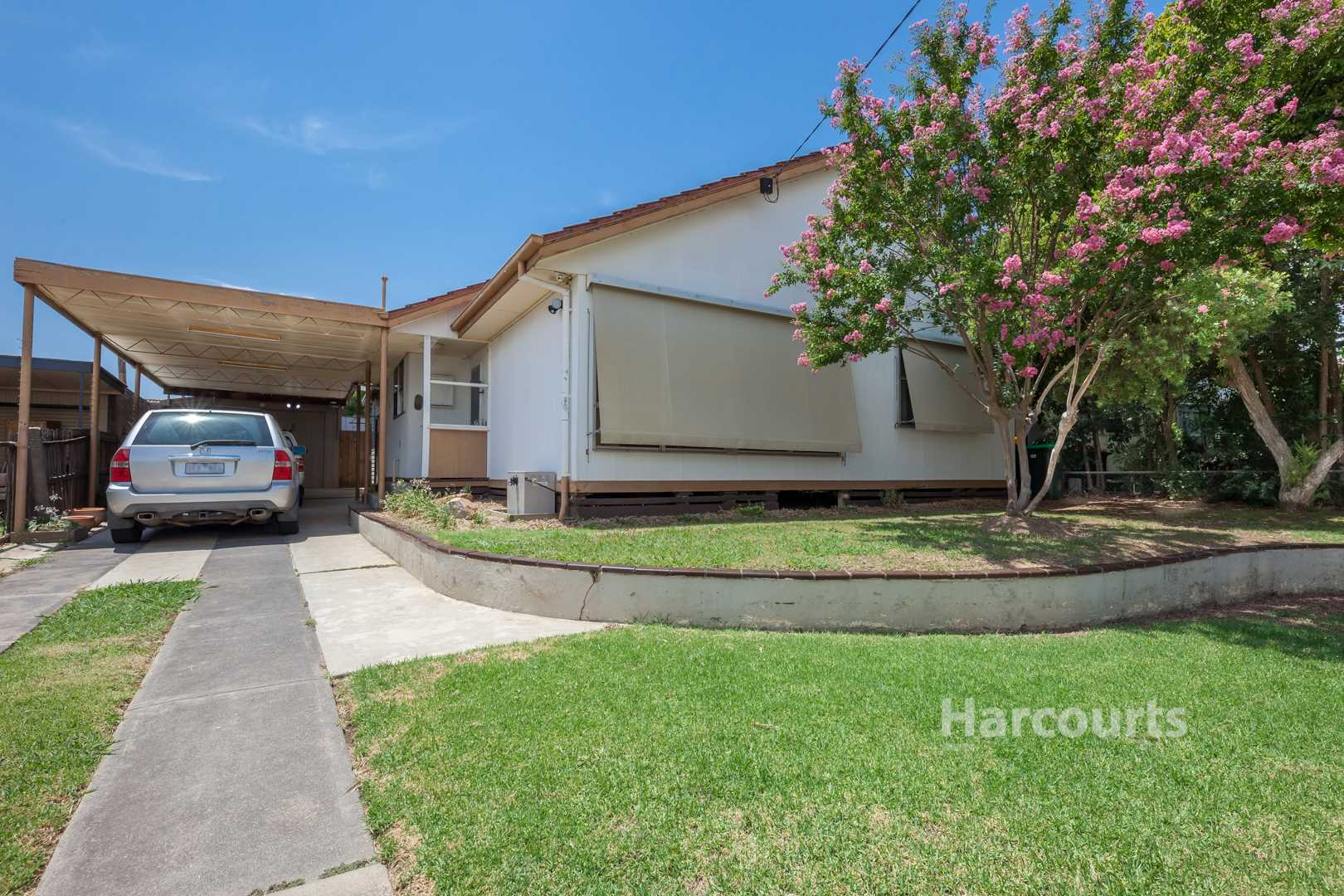 Superb First home or Investment! - 600m2