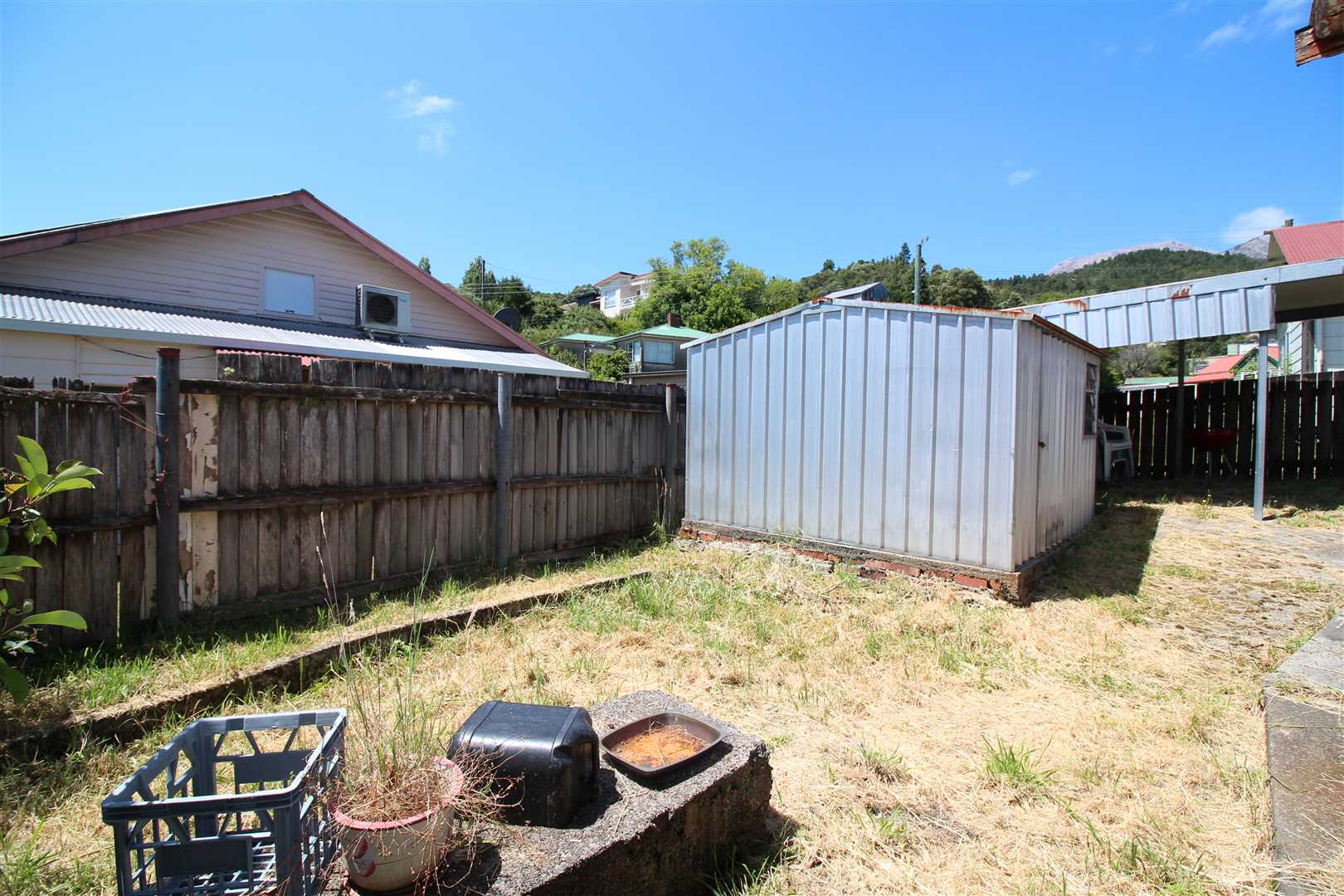 Garden Shed/Back Of Yard