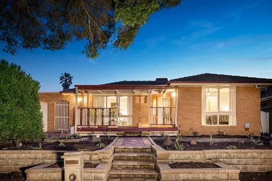 Newly Renovated Family Home In The Templeton Knox Zone