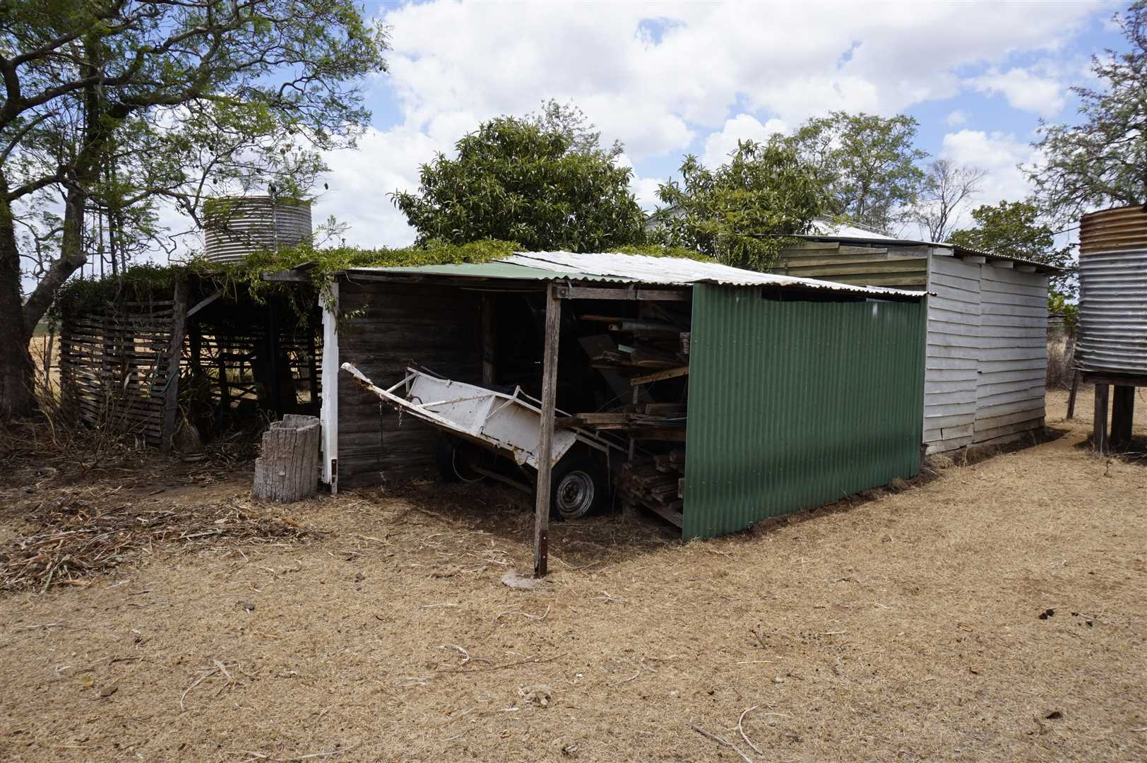 Trailer Shed