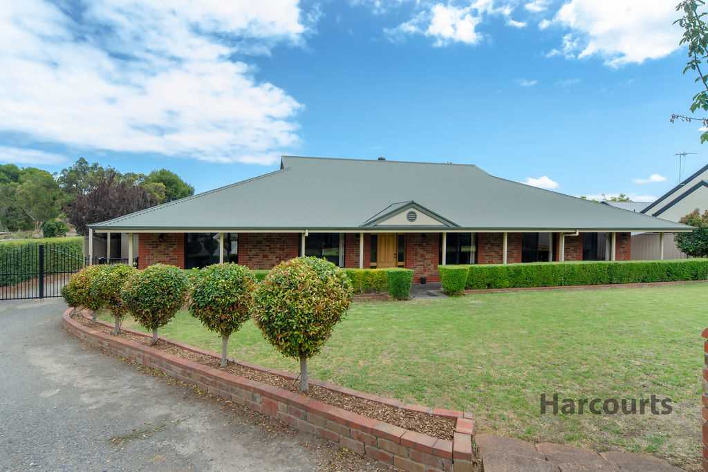 Grand Home On ½ Acre Allotment In Old Reynella Township