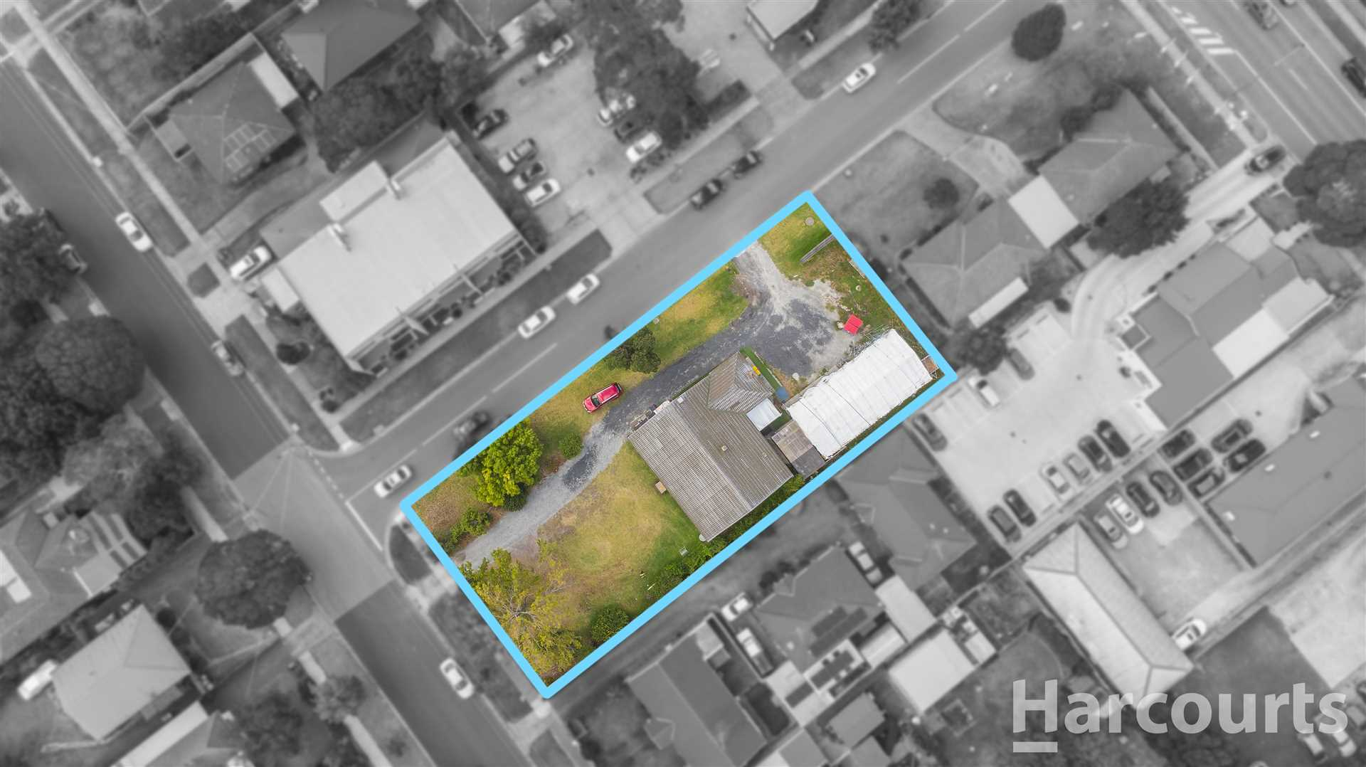 1130m2 of Land in Prime Location