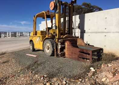 Hyster H90C Forklift 4T - Rotating Wool Bale Grab with camera Working Order