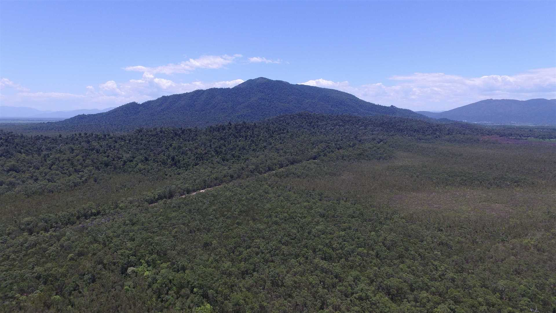 Aerial photo above part of Lot 29 showing parts of Lot 29 & Lot 70 looking towards Mount Mackay and Mount Mackay National Park
