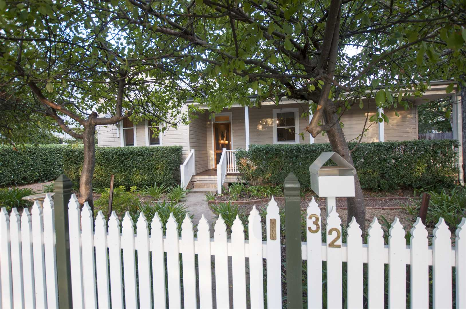 Beautiful Character Home in Scone's Best Street!