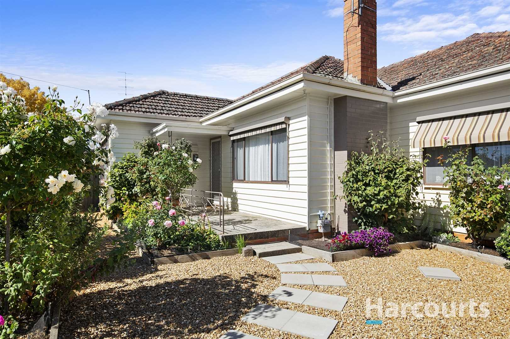 Delightful Home with Wonderful Gardens & Grand Proportions