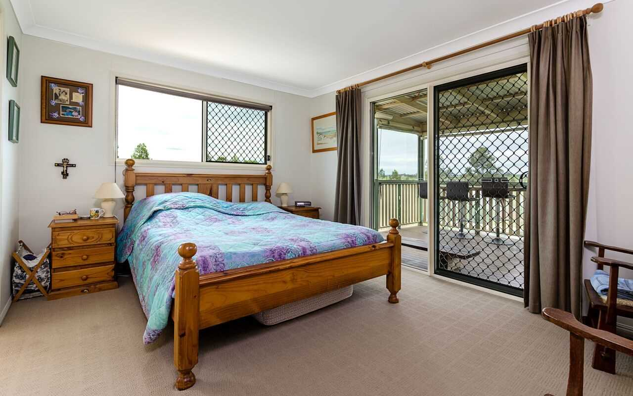Main Bedroom to Veranda