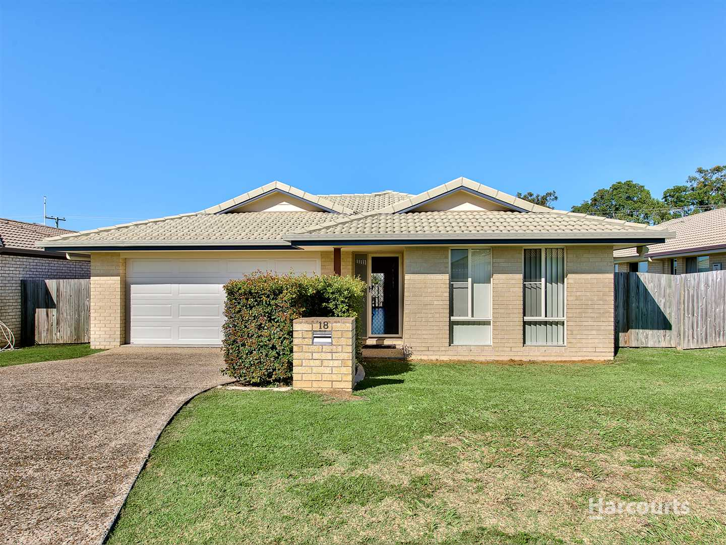 Morayfield Lowset - Easy Access To The Highway