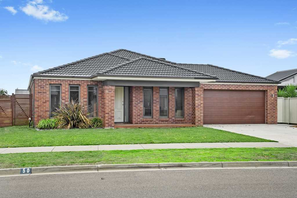 Sensational Family Home in Popular Miners Rest