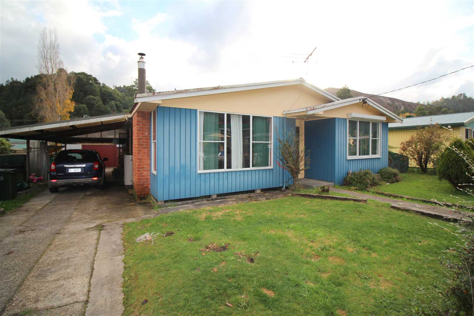 Three-Bedroom Home In A Desired Street!