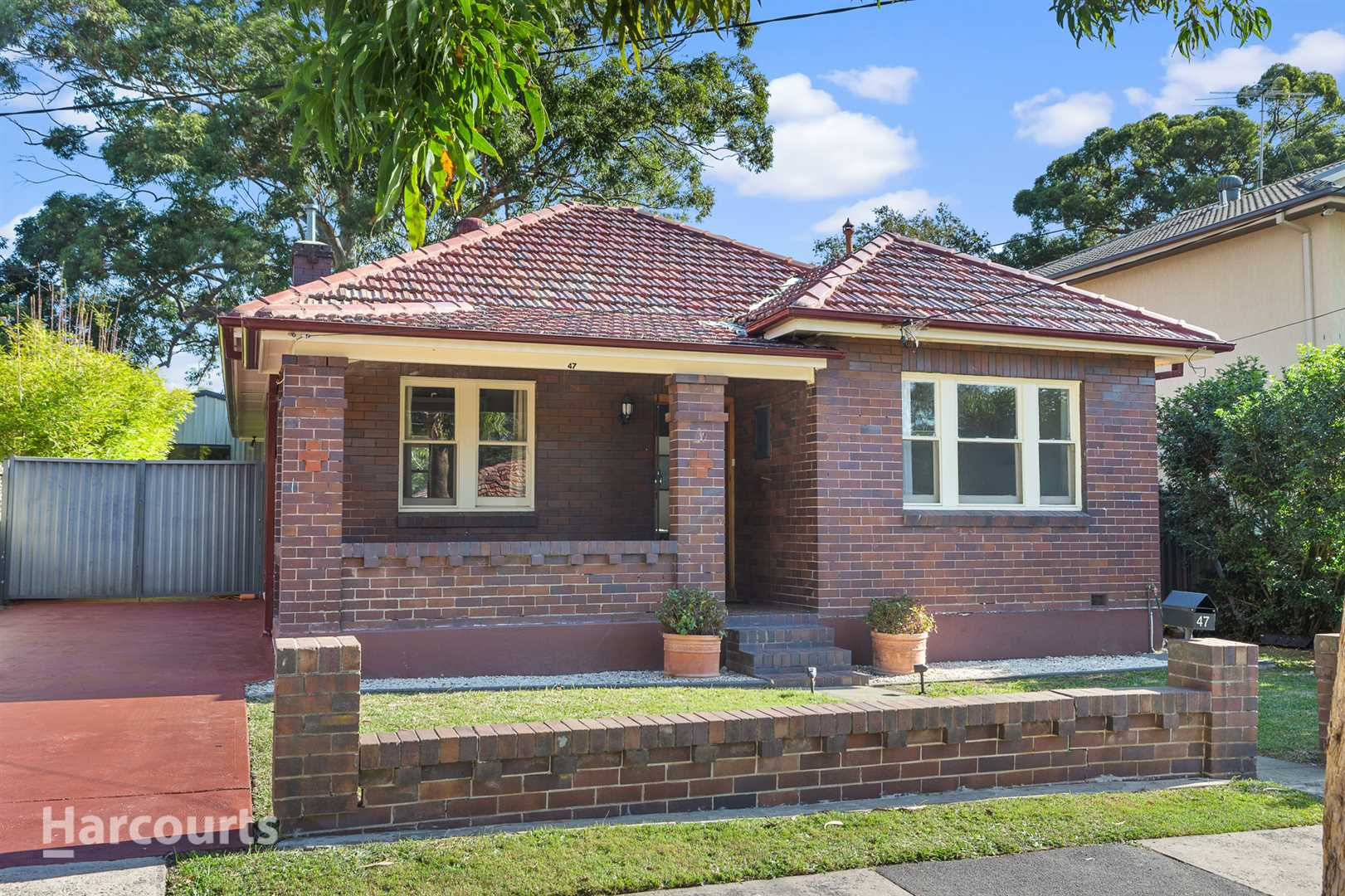 Family home with lucrative income potential