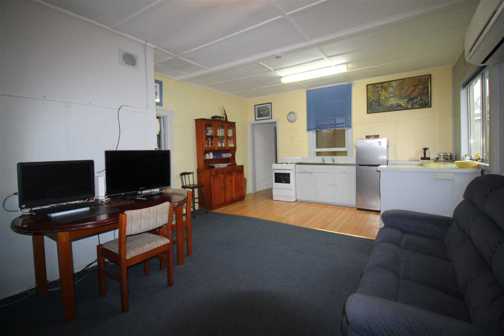 Open Plan Living/Dining/Area