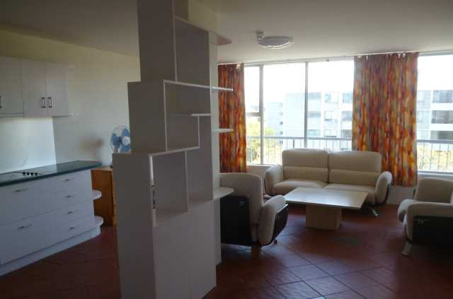 Spacious two bedroom apartment in sought after location!